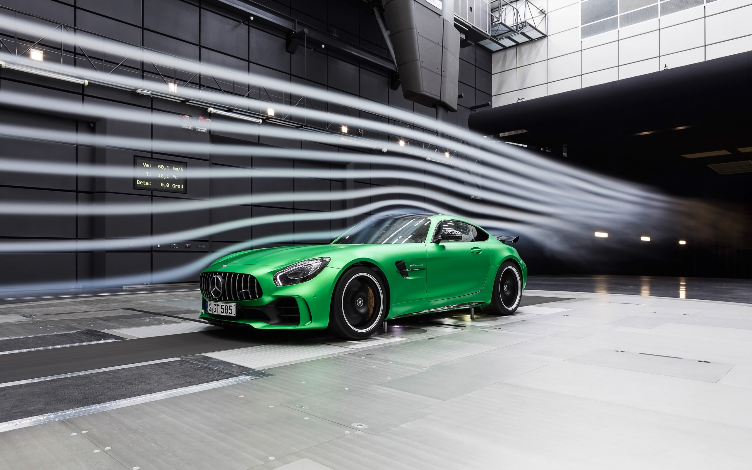 2017-Mercedes-AMG-GT-R-Wind-Tunnel-1-2560x1600